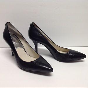 Michael Kors Dorothy Flex Pumps - Black Leather 8M